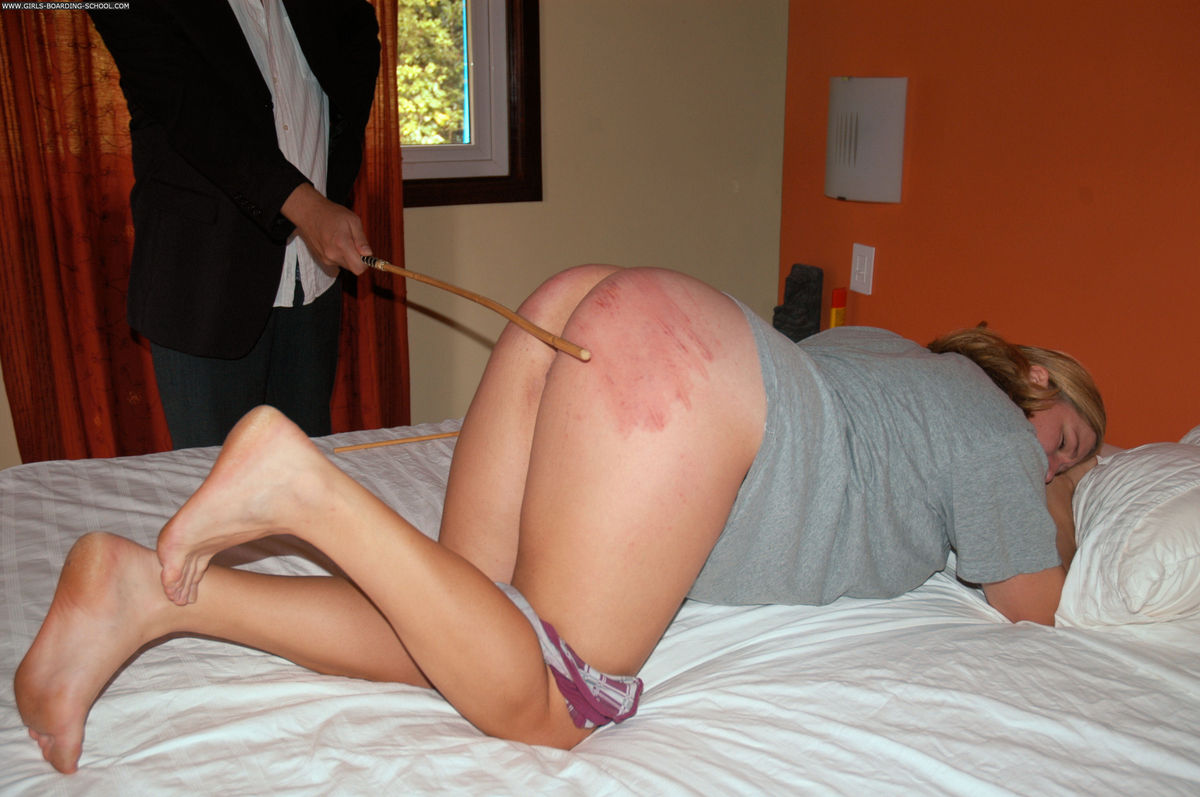 Session of bdsm with mistress